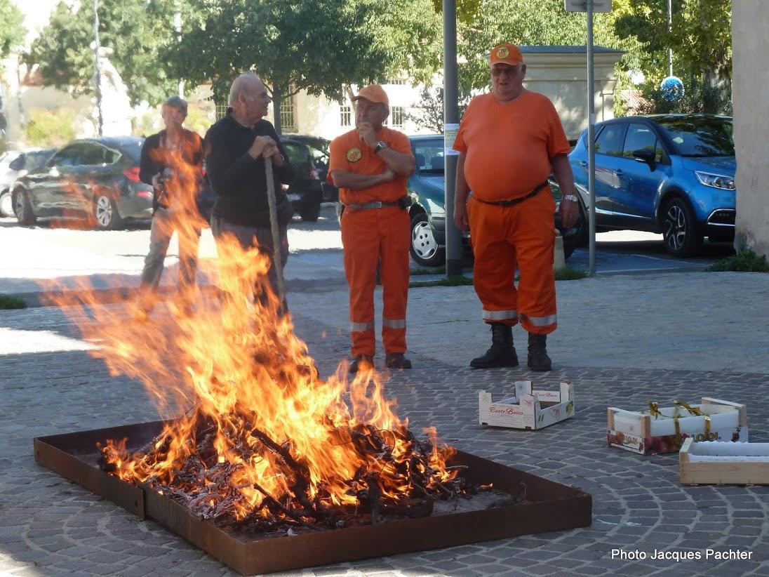 Brûlage ceps Puyricard 020.jpg